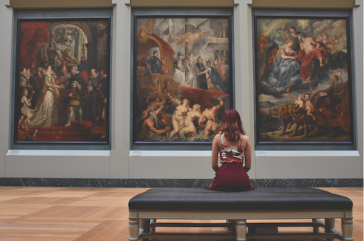 The privileged world of arts and culture